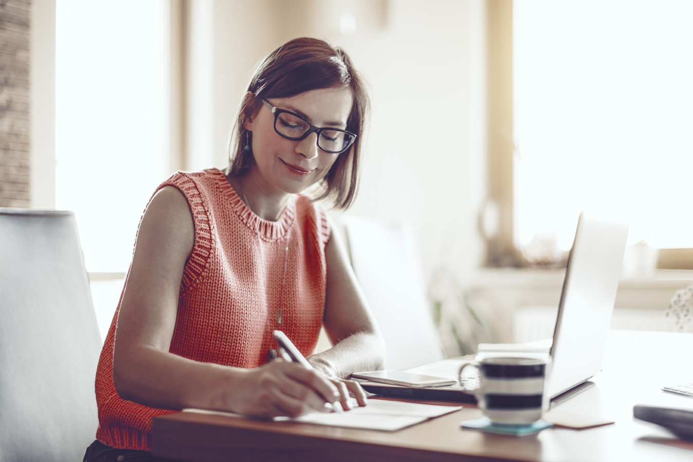 Woman, 30s, at home, businesswoman, working at home, home office, one person, small business, entrepreneur, smart phone, using phone, coffee, kitchen